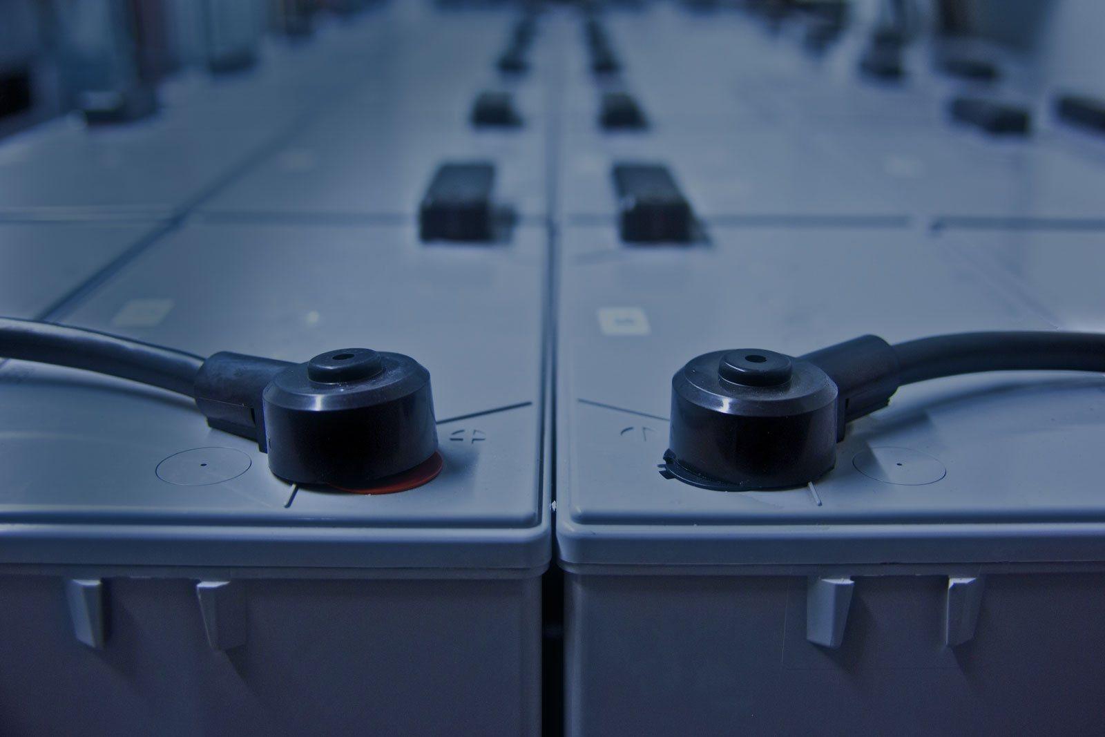 USV-Batterie-Datacenter-Baden-RZ
